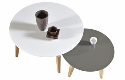 2 tables basses scandinaves