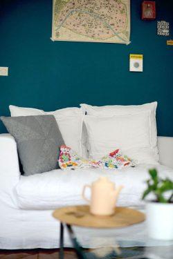 Canapé - mur coloré