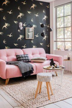 un-canape-couleurs-rose