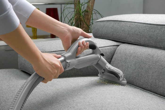 nettoyer-canape-convertible-en-tissu-min